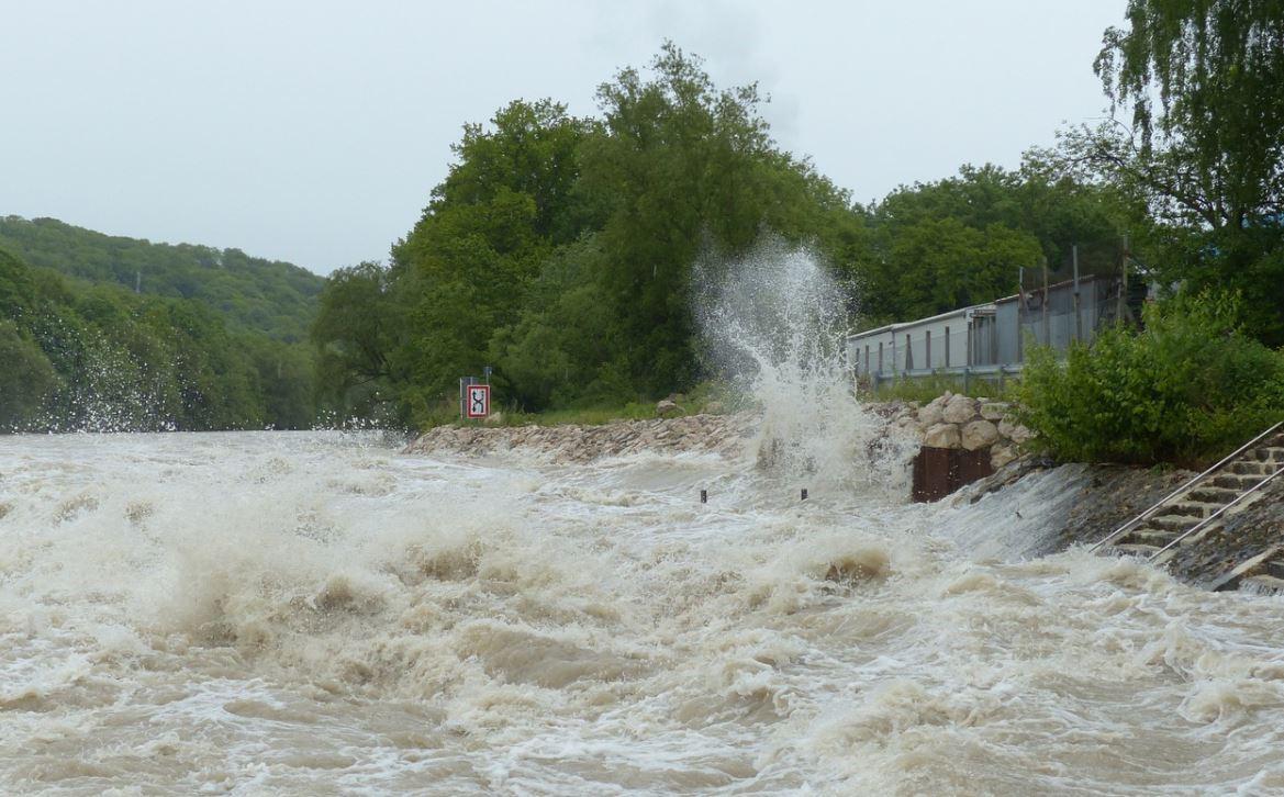 Drømmetydning oversvømmelse