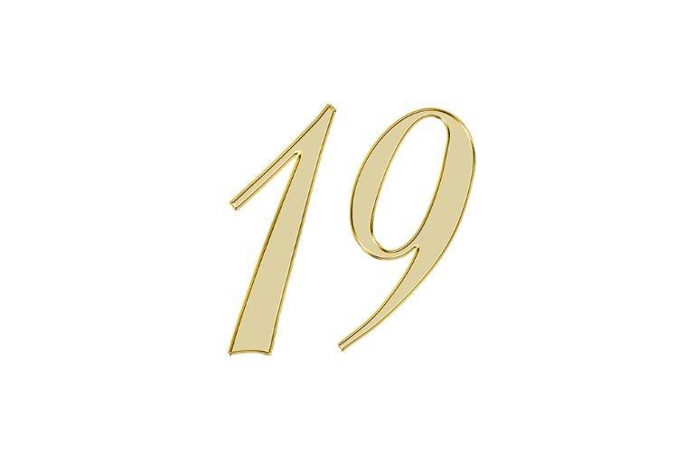Numerologi 19
